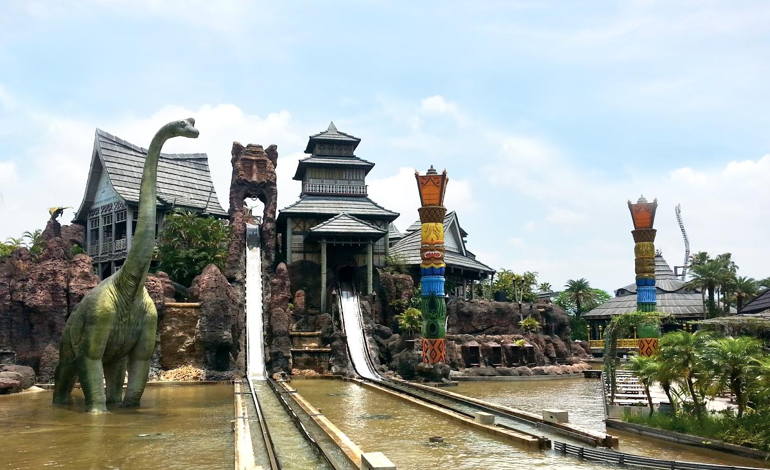 6days leo foo theme park